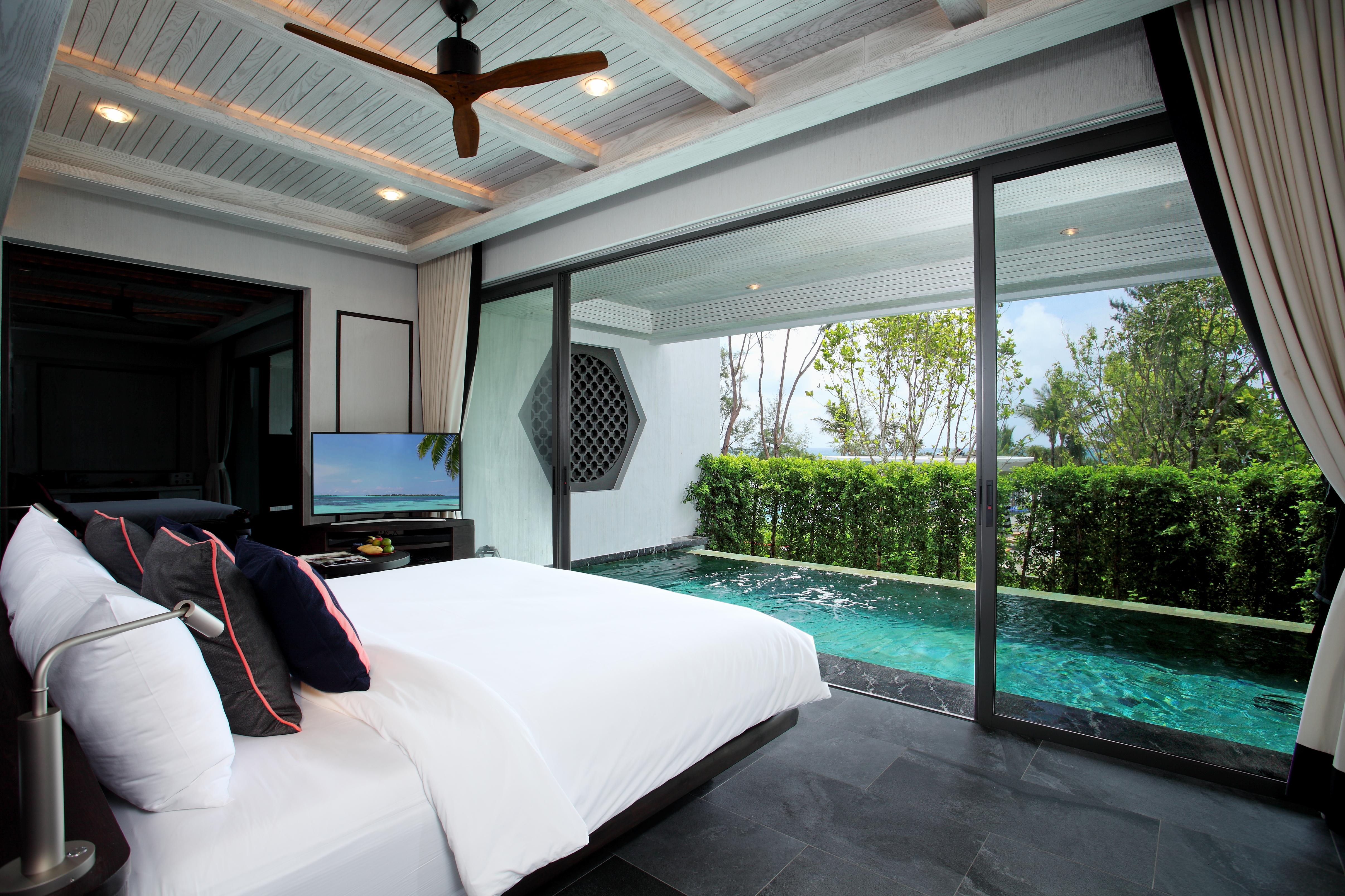 04. Baba Pool Suite Ocean View